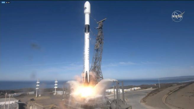 Momento del despegue del satélite Sentinel 6.