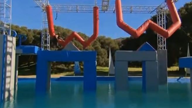 Imagen de una típica prueba del concurso 'Wipeout'.