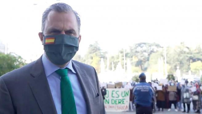 Ortega Smith durante el vídeo grabado en la manifestación de vecinas de la Cañada Real.