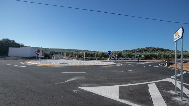 Nueva rotonda de Corcoya