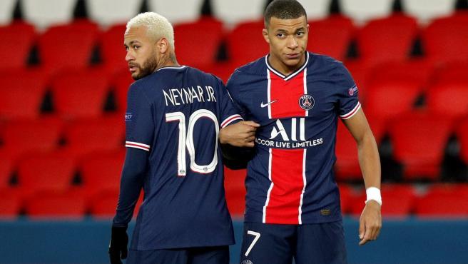 Neymar y Mbappé, en un partido