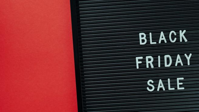 Los expertos indican que los españoles gasteremos 175 euros por persona en Black Friday de 2020.