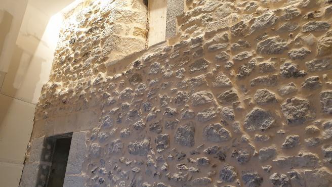 Muro hallado en la Catedral de Santander