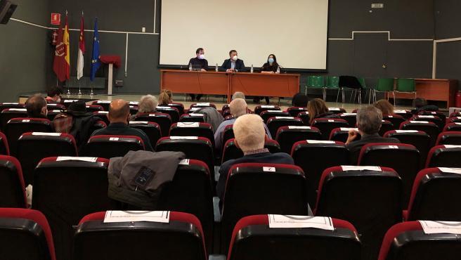 Presentación del proyecto a la Asociación de Vecinos de Cuenca.