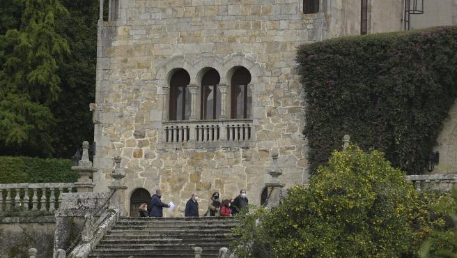 A Coruña Pazo de Meirás Técnicos de la Consellería de Cultura de la Xunta de Galicia para realizar inventario del pazo, bajo supervisión de la comitiva judicial 11/11/2020 Foto: M. Dylan / Europa Press
