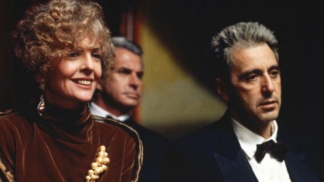 Diane Keaton y Al Pacino en 'El padrino III'.