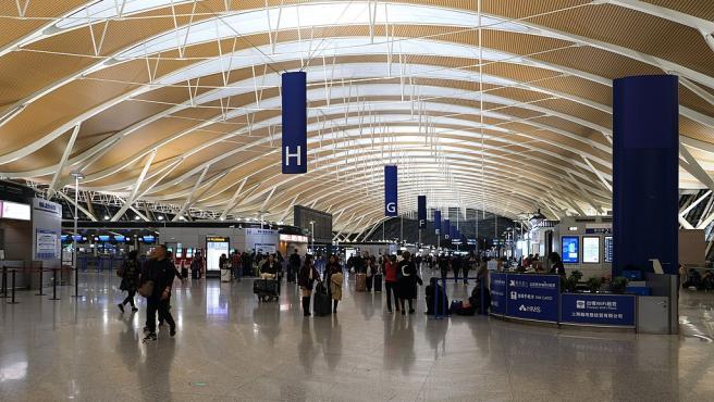 Imagen de la terminal del aeropuerto internacional de Shanghai.