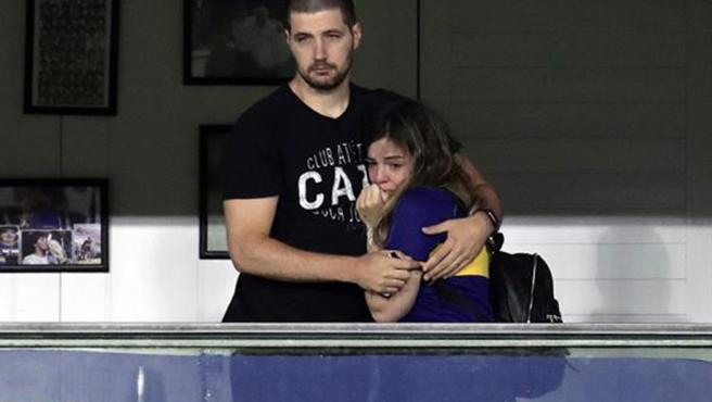 Dalma Maradona, emocionada en el palco de su padre en la Bombonera.