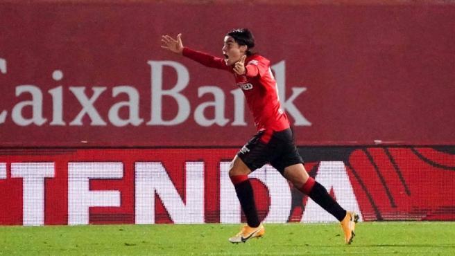 Luka Romero celebra un gol