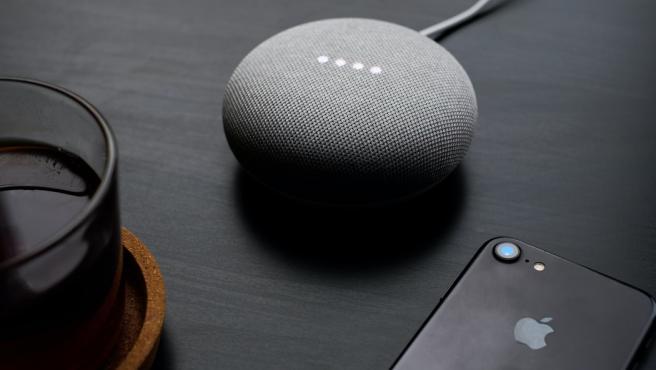 Este dispositivo convierte nuestras casas en 'smart homes' de forma fácil y rápida.