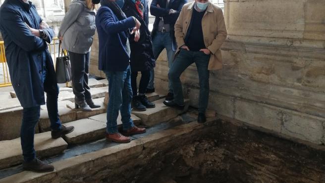 El conselleiro de Cultura, Román Rodríguez, visita las obras de la Catedral de Lugo
