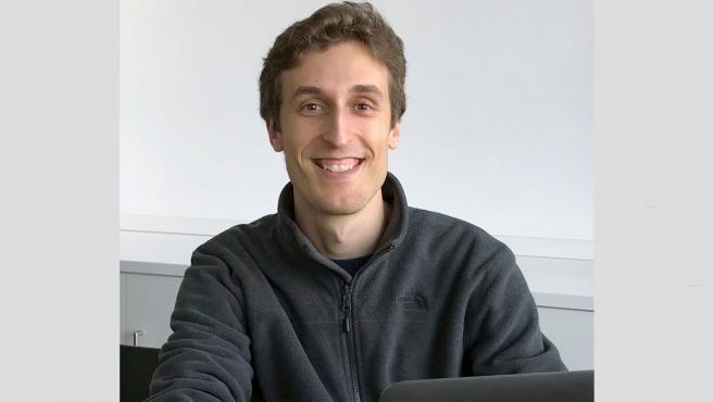 Javier Pérez Pujol, graduado en Ingeniería en Tecnologías Industriales por la UPNA, ganador del premio concedido por la Asociación Universidad y Discapacidad