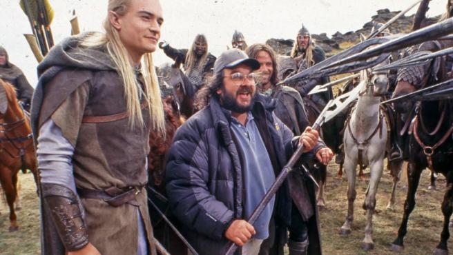 Peter Jackson junto a Orlando Bloom y Viggo Mortensen en el set de 'El señor de los anillos'