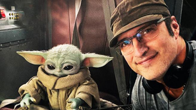 Robert Rodriguez junto al niño de sus ojos