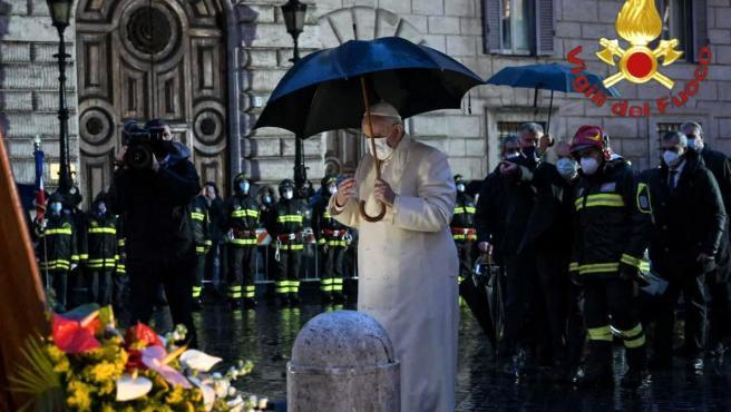 El papa Francisco, en la plaza de España de Roma