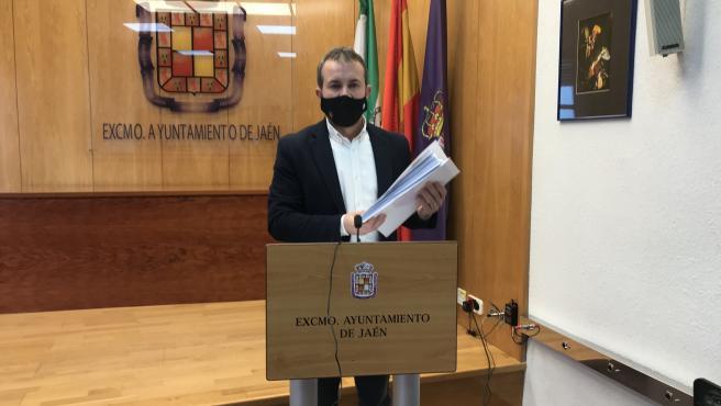 El alcalde de Jaén, Julio Míllán, durante la rueda de prensa