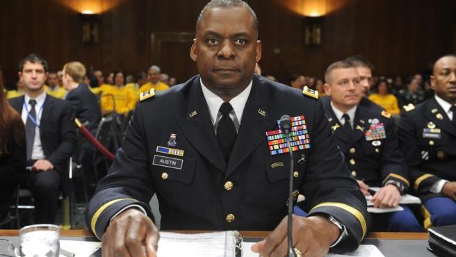 El general Lloyd Austin, durante una comparecencia ante el Senado de EE UU en 2011, cuando era el comandante en jefe de las fuerzas estadounidenses en Irak.