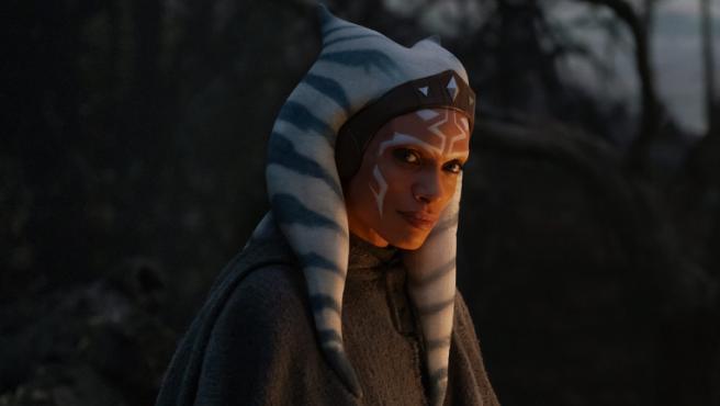 Rosario Dawson como Ahsoka Tano en 'The Mandalorian'