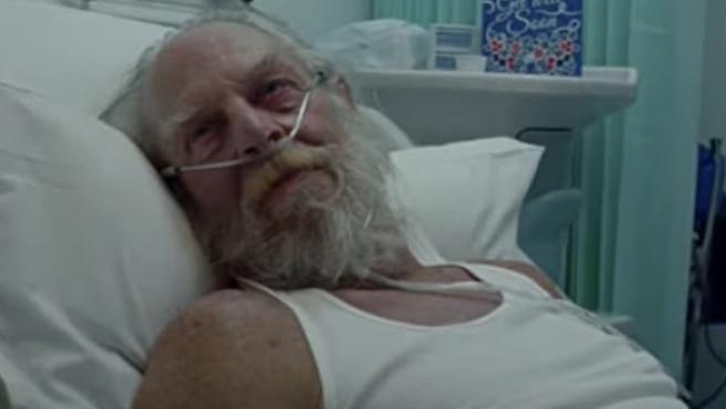 Este aspecto tiene Papá Noel en el polémico anuncio del NHS.