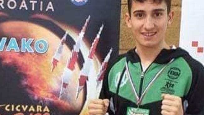 El joven Julián Lozano, durante una competición.