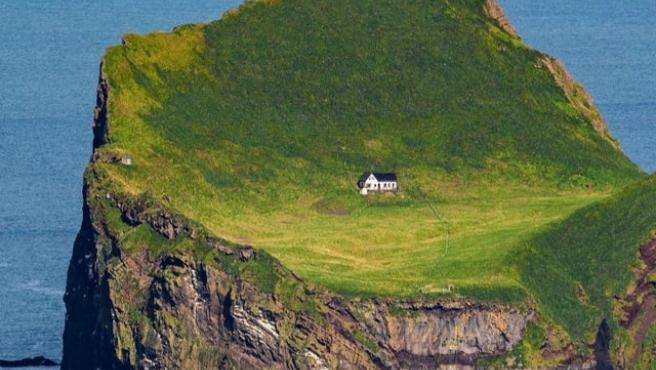En la isla no hay agua corriente ni electricidad.