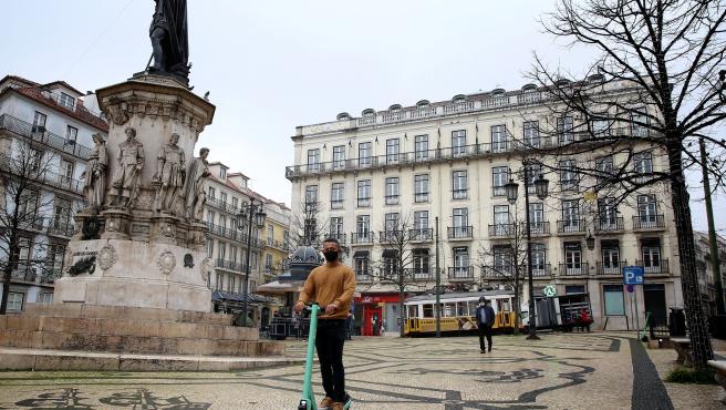El Parlamento de Portugal prorroga el estado de emergencia hasta el 7 de enero