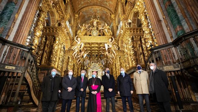 Autoridades en el acto institucional de presentación de las obras de rehabilitación de la Catedral de Santiago
