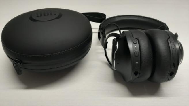 20Bits probó los auriculares premium JBL Club One