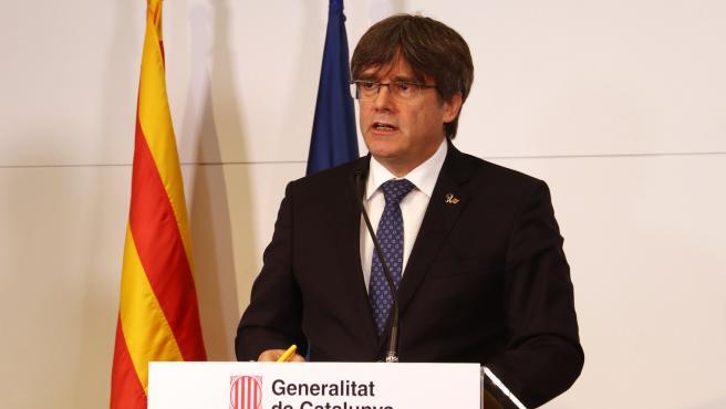 El expresidente de la Generalitat, Carles Puigdemont, durante una comparecencia en la Casa de la Generalitat de Perpinyà.