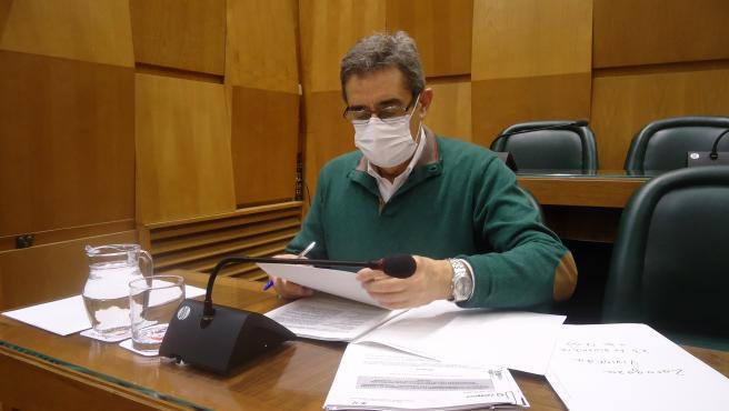 El portavoz de Vox en el Ayuntamiento de Zaragoza, Julio Calvo.