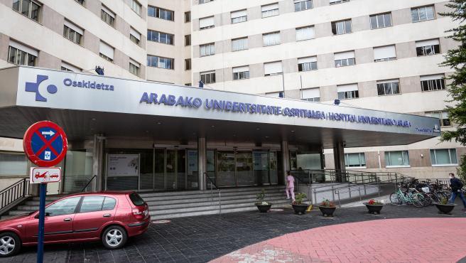 Hospital de Txagorritxu en Vitoria-Gastez. Tres positivos por un foco de COVID19.