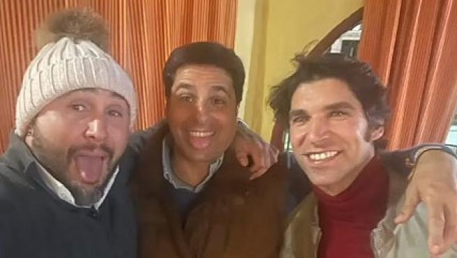 Los hermanos Rivera se reencuentran en Navidad.