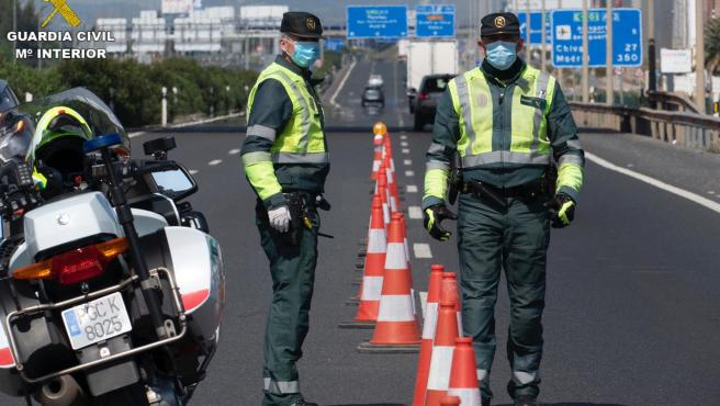 Control de tráfico de la Guardia Civil en imagen de archivo