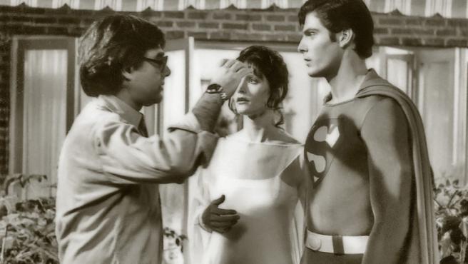Richard Donner junto a Margot Kidder y Christopher Reeve