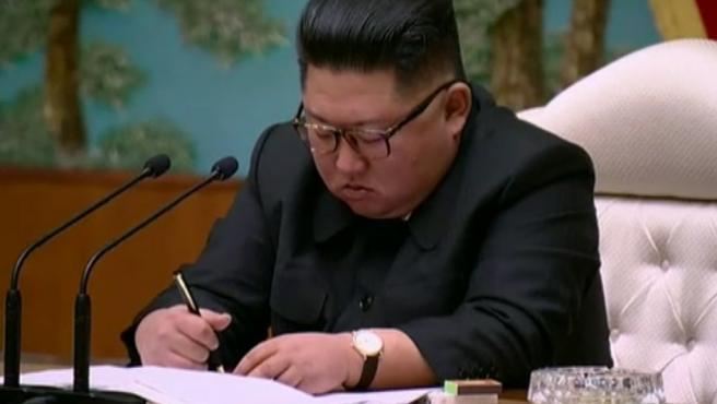 Kim Jong-un envía una carta felicitando el Año Nuevo.