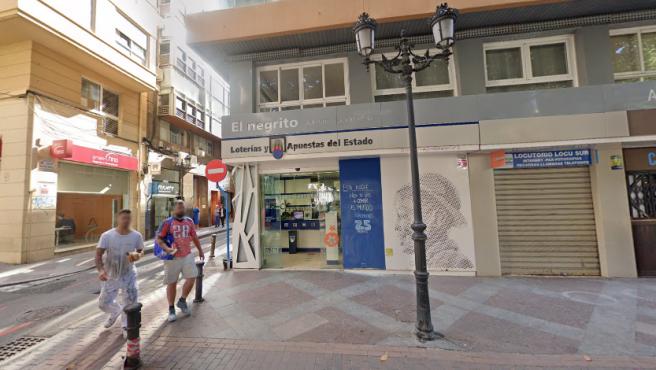 Imagen de la administración de loterías número 6 de Alicante.