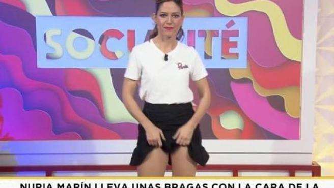 Nuria Marín, justo antes de mostrar su ropa interior.