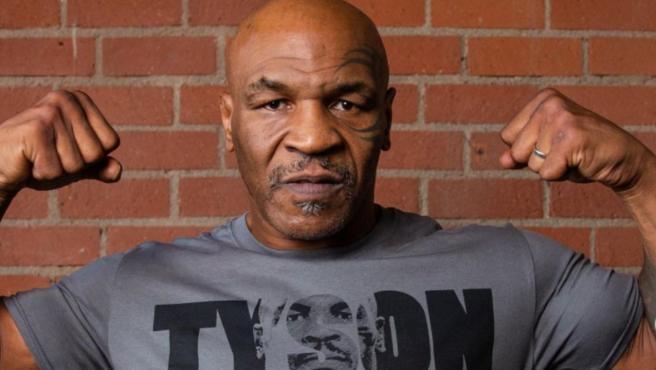 Mike Tyson se prepara para un nuevo combate.