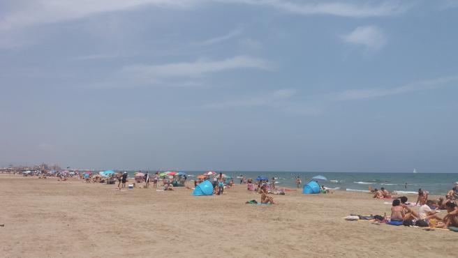 Playa Patacona, una de las cerrada en el verano de 2019