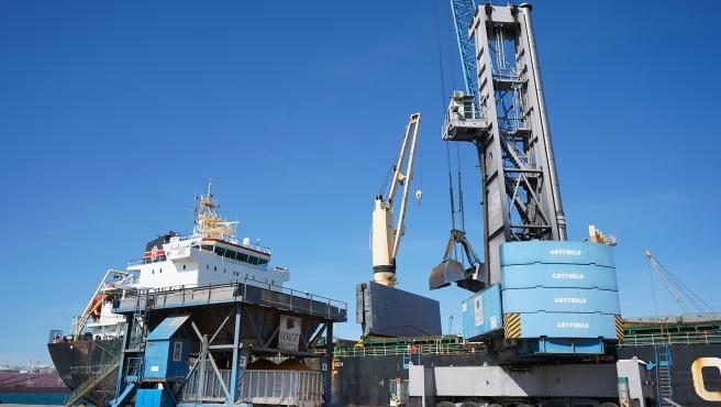 Agro.- El SEA del Port de Tarragona registra 130 cargas y más de 1.740 toneladas el primer día
