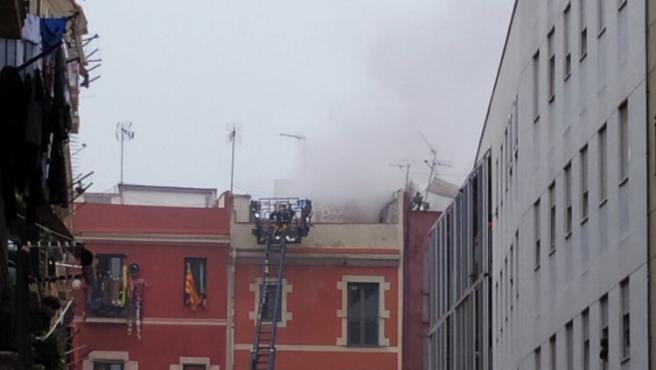 El pasado 8 de enero hubo un incendio en un edificio de la calle Robador al arder los contadores en la planta baja.