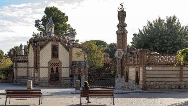 Personal investigador de la Universitat Politècnica de València redacta el proyecto de restauración de un edificio de Antonio Gaudí