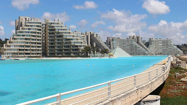 La mayor piscina del mundo está en la localidad chilena de Algarrobo.