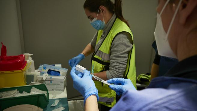 Vacunas sanitarios en Navarra COVID 19