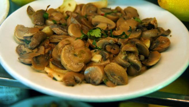 El humilde champiñón es el hongo comestible más usado en la cocina.