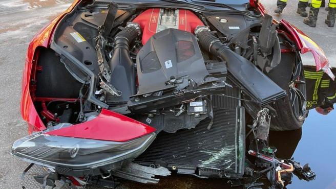 El Ferrari 812 Superfast de Federico Marchetti, destrozado