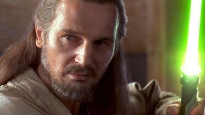 Liam Neeson como Qui-Gon Jinn en 'Star Wars: Episodio I - La amenaza fantasma'