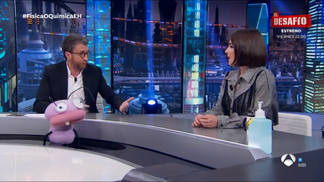 Pablo Motos y Andrea Duro, en 'El hormiguero'.