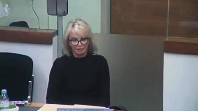Captura de video de la señal institucional del TSJ, durante la declaración por videoconferencia desde Londres de la empresaria Corinna Larsen en el juicio que este viernes ha comenzado en Madrid contra el excomisario José Villarejo.