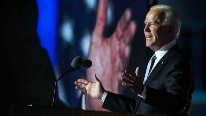 Joe Biden da un discurso tras derrotar a Trump en las elecciones de noviembre.